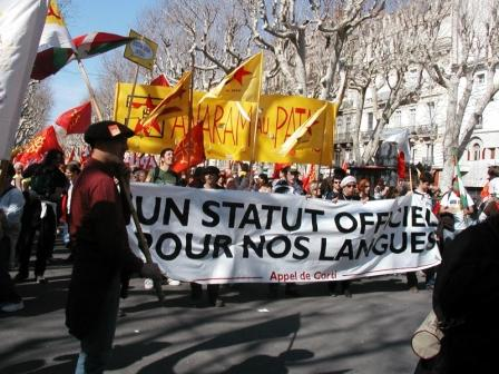 Officiële erkenning van de regionale talen in Frankrijk - Pagina 5 1201120335361419619291065