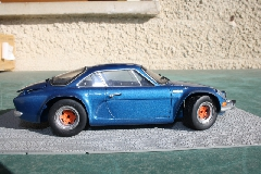 Album alpine A110