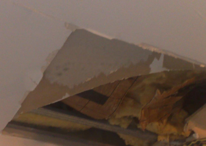 http://nsm07.casimages.com/img/2012/01/21/120121092506390119325824.png