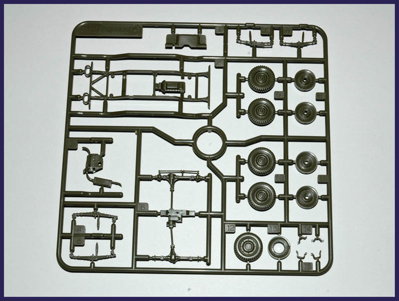 [TAMIYA] U.S. 1/4-ton 4x4 Light Vehicle 1/48 120129021822558509363325