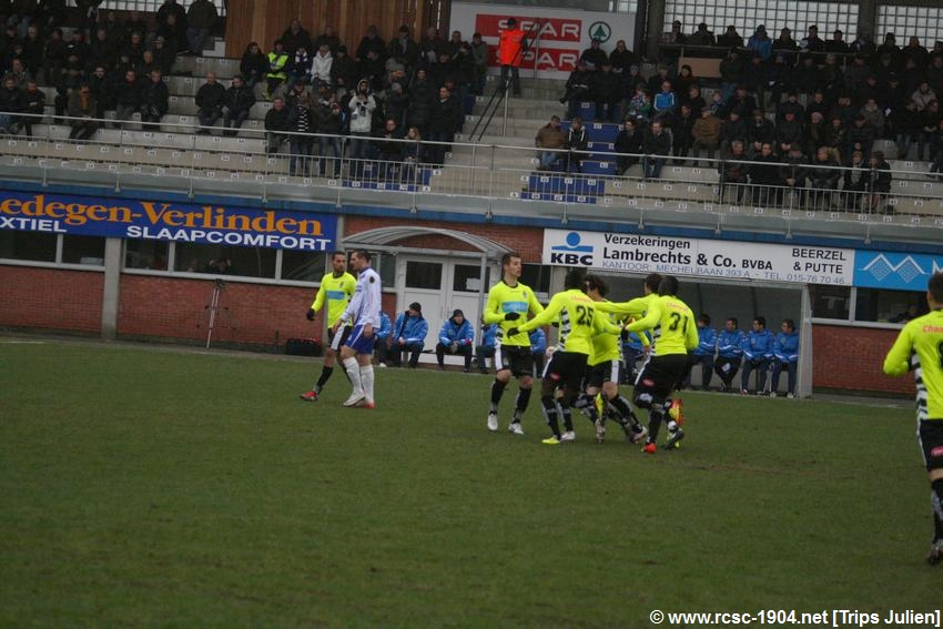 K.S.K.Heist - R.Charleroi.S.C.[Photos] [1-2] 1201290840051439599365461