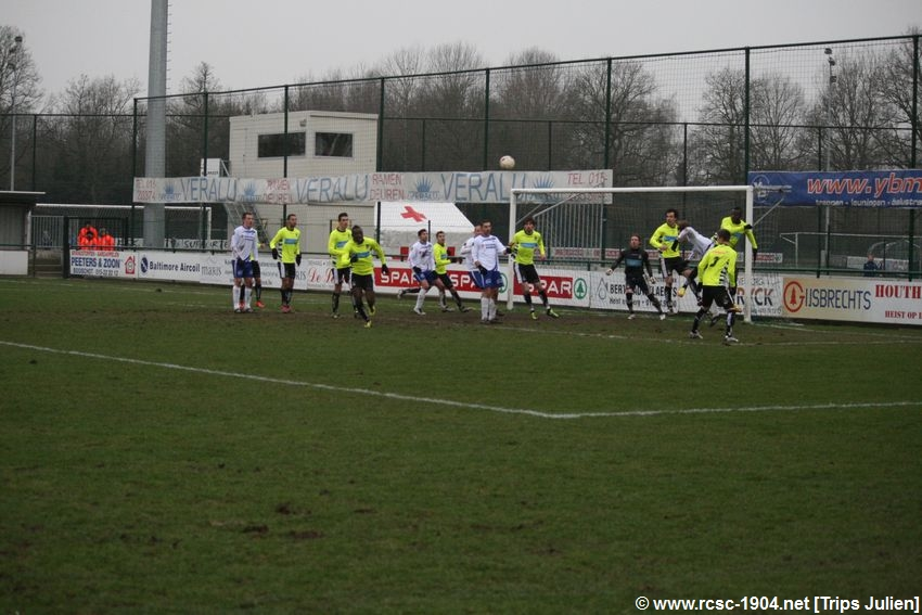 K.S.K.Heist - R.Charleroi.S.C.[Photos] [1-2] 1201290851421439599365552