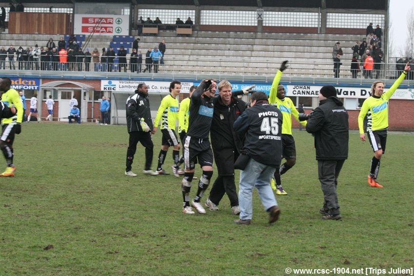 K.S.K.Heist - R.Charleroi.S.C.[Photos] [1-2] 1201290852001439599365560