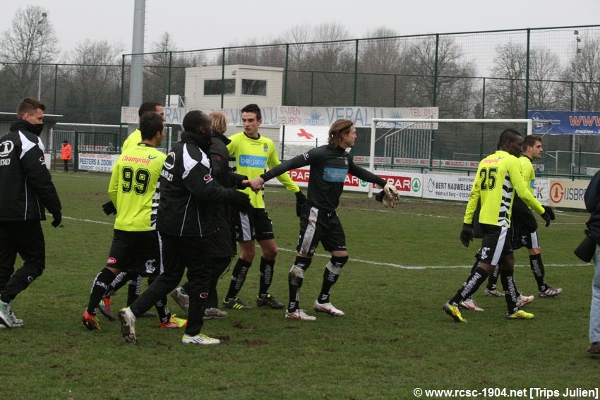K.S.K.Heist - R.Charleroi.S.C.[Photos] [1-2] 1201290852041439599365562