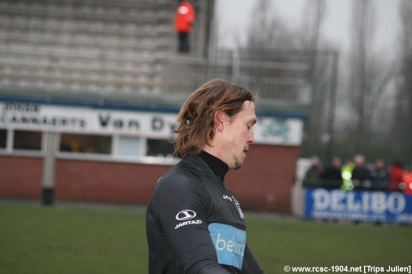 K.S.K.Heist - R.Charleroi.S.C.[Photos] [1-2] 1201290853201439599365590
