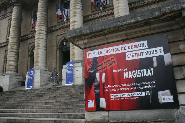 Flamberge montereau avalanche de promesses 116 jours for Chambre correctionnelle paris