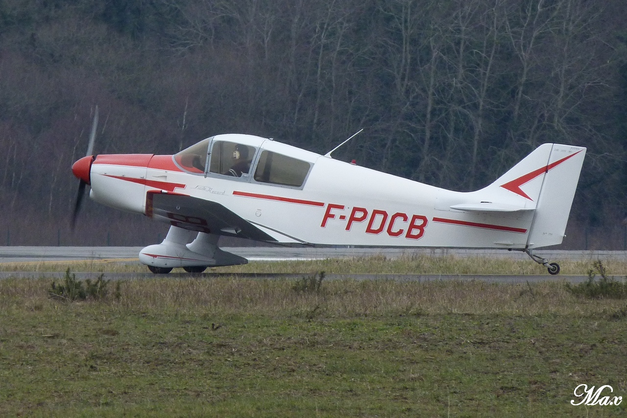 "Spotting du 17.02.2012 : Onur ""20th years"", Easy ""Pride of Lisbon"", B739, A333, B772... 1202180143121438369453570"