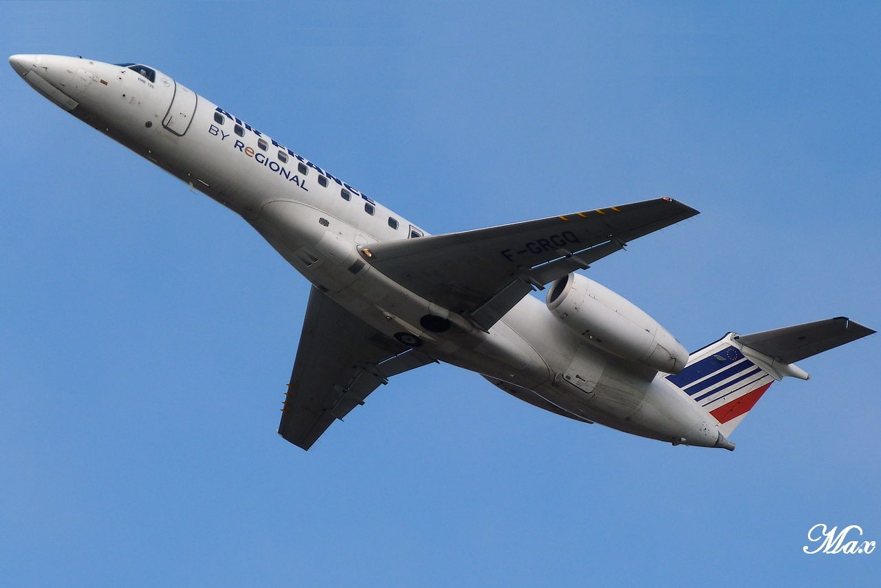 "Spotting du 17.02.2012 : Onur ""20th years"", Easy ""Pride of Lisbon"", B739, A333, B772... 1202180143141438369453585"