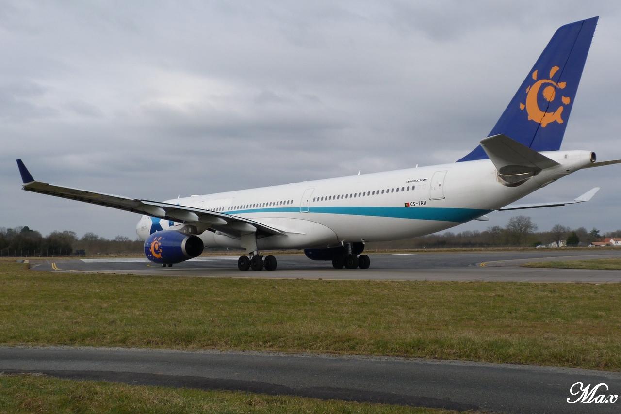 "Spotting du 17.02.2012 : Onur ""20th years"", Easy ""Pride of Lisbon"", B739, A333, B772... 1202180156561438369453598"