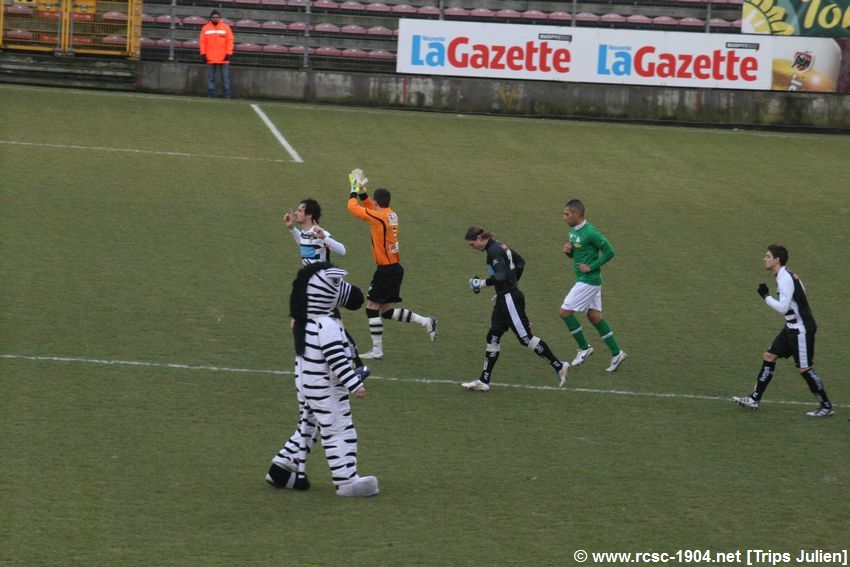 R.Charleroi.S.C - R.Boussu.Dour.B [Photos] [2-2] 1202190928461439599461028