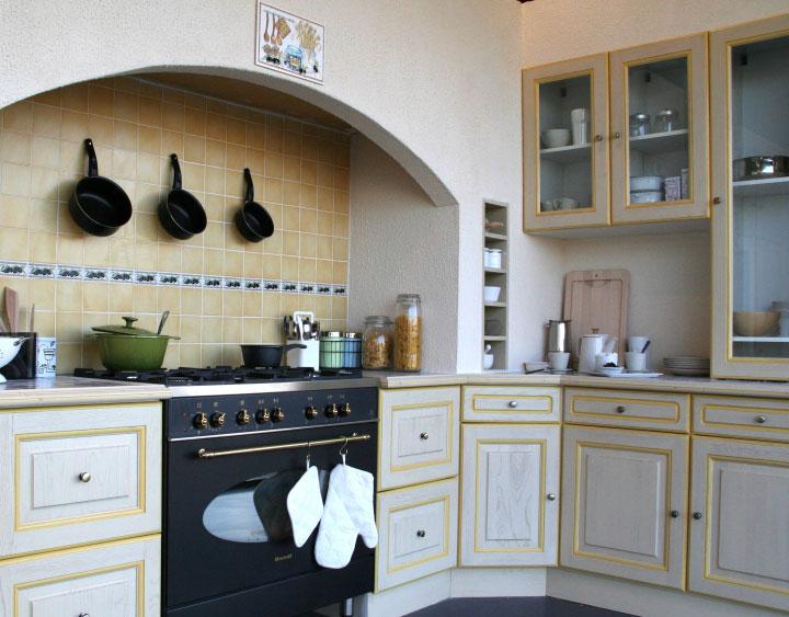 Cuisine atelier cuisines d 39 antan for Cuisine equipee simple