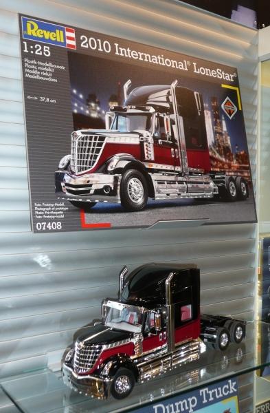 nouveautée Revell pour amateur de Trucks ............ 1202250615451443859490241