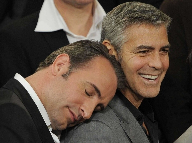 Jean dujardin sleeping for Jean dujardin et