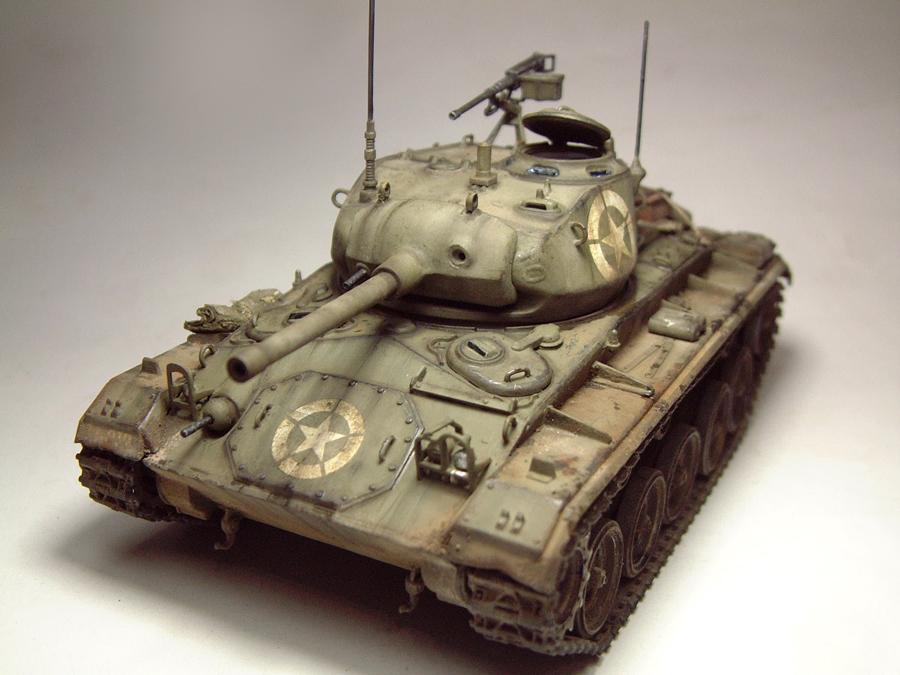 M-24 Chaffee - 1/35e - [Italeri] 1703060731514769014895724