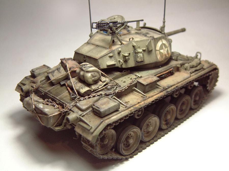 M-24 Chaffee - 1/35e - [Italeri] 1703060733234769014895750