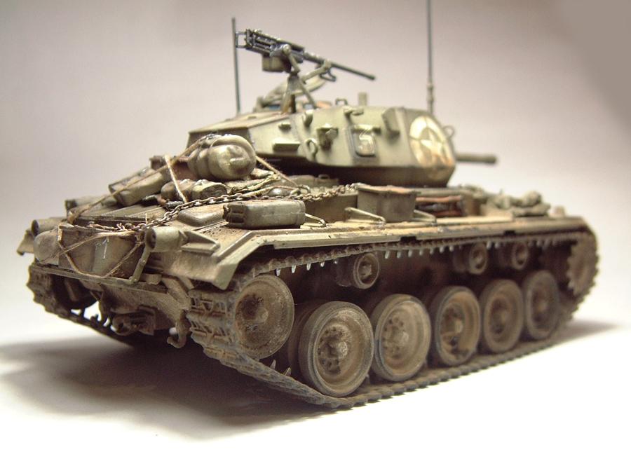 M-24 Chaffee - 1/35e - [Italeri] 1703060733294769014895751