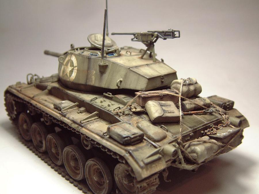 M-24 Chaffee - 1/35e - [Italeri] 1703060733354769014895752