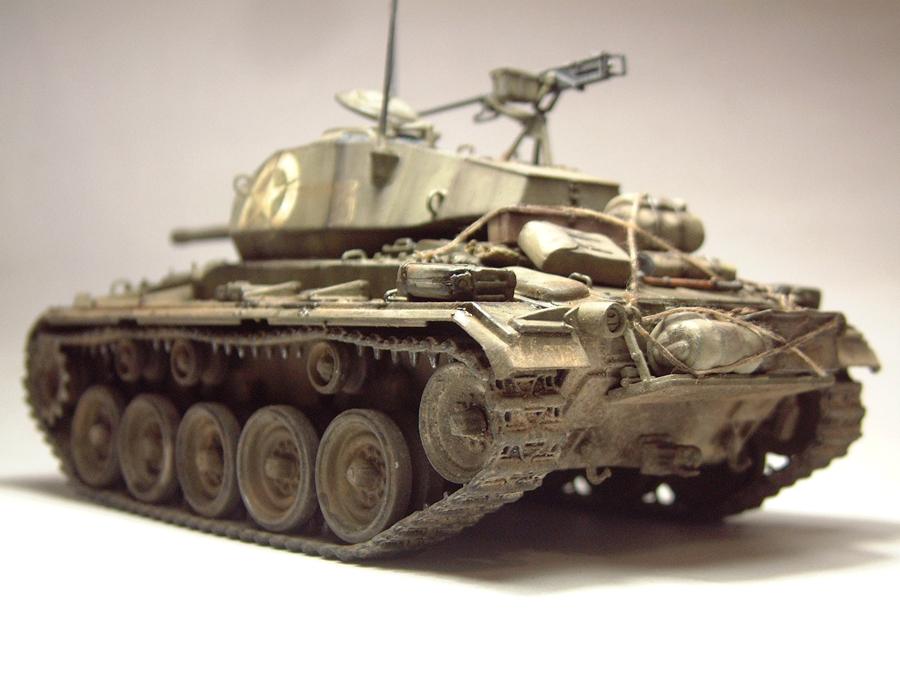 M-24 Chaffee - 1/35e - [Italeri] 1703060733414769014895753