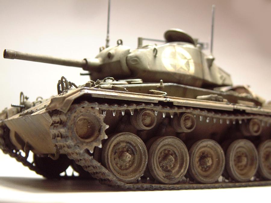 M-24 Chaffee - 1/35e - [Italeri] 1703060736274769014895769