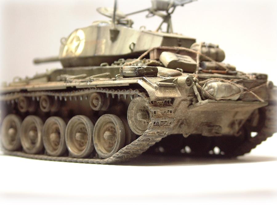 M-24 Chaffee - 1/35e - [Italeri] 1703060737324769014895774