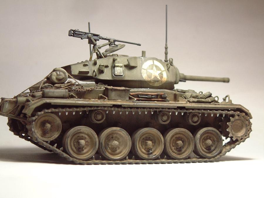 M-24 Chaffee - 1/35e - [Italeri] 1703060737454769014895776