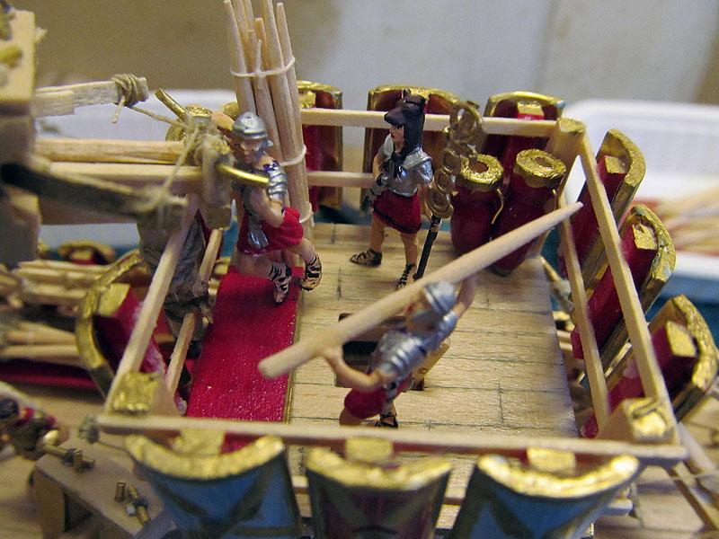 Construction d'une trirème romaine - 1/72 - Scratch - Page 5 17040207055118121214960427