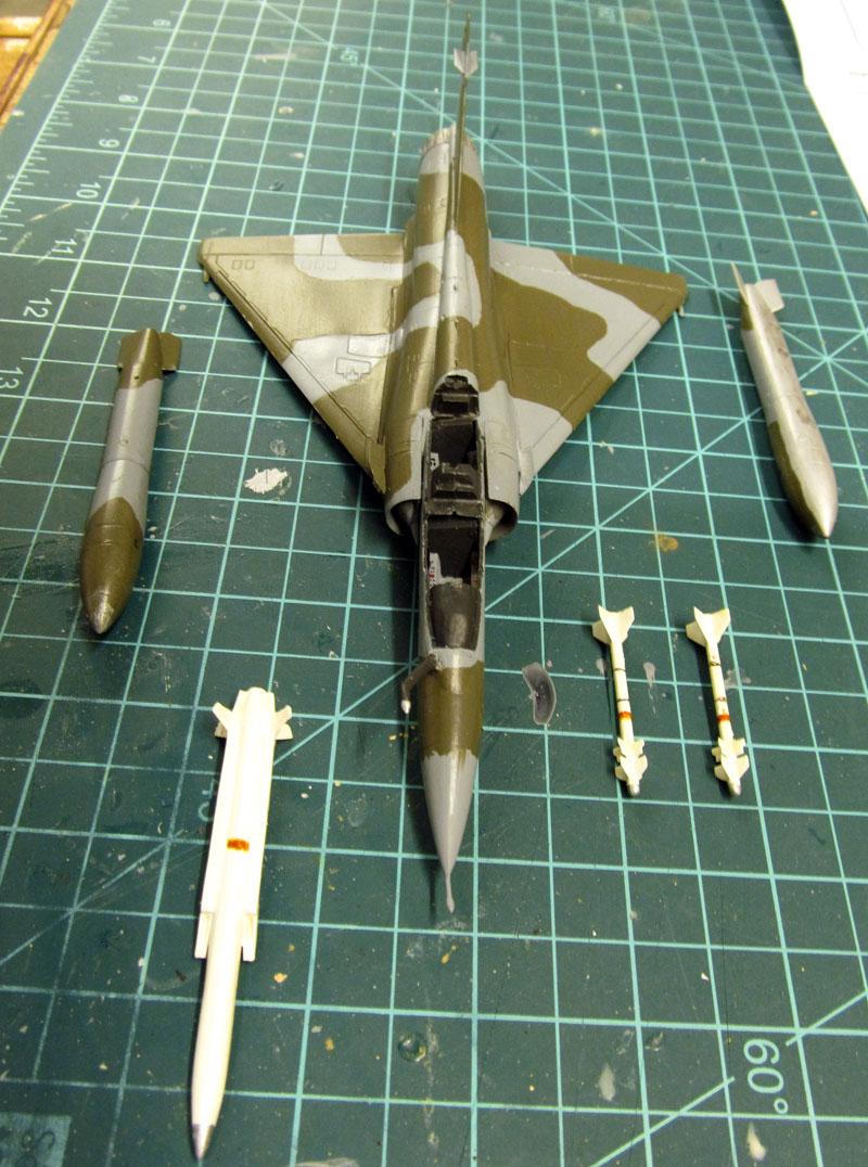 Arrivée du Mirage 2000 N au 2/4 - 01/07/1989 - 1/72 (Modèle terminé) 17050806354818121215027065