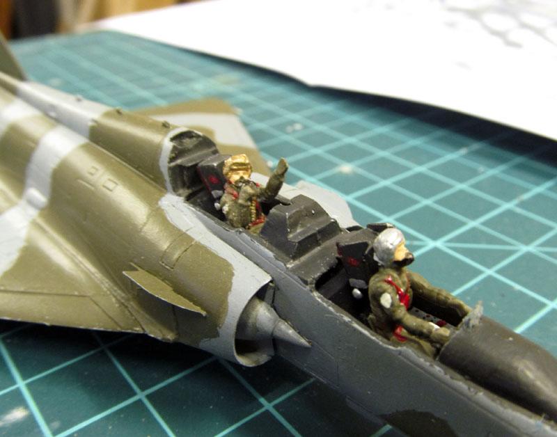 Arrivée du Mirage 2000 N au 2/4 - 01/07/1989 - 1/72 (Modèle terminé) 17051006485518121215030682