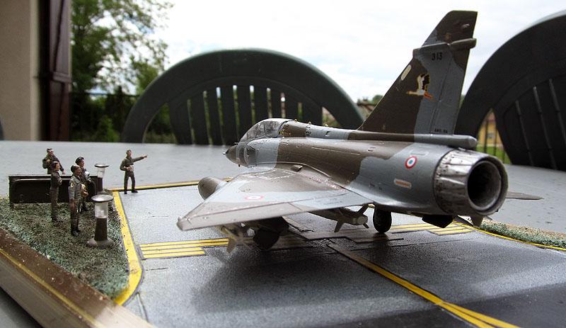 Arrivée du Mirage 2000 N au 2/4 - 01/07/1989 - 1/72 (Modèle terminé) 17052002531618121215051373