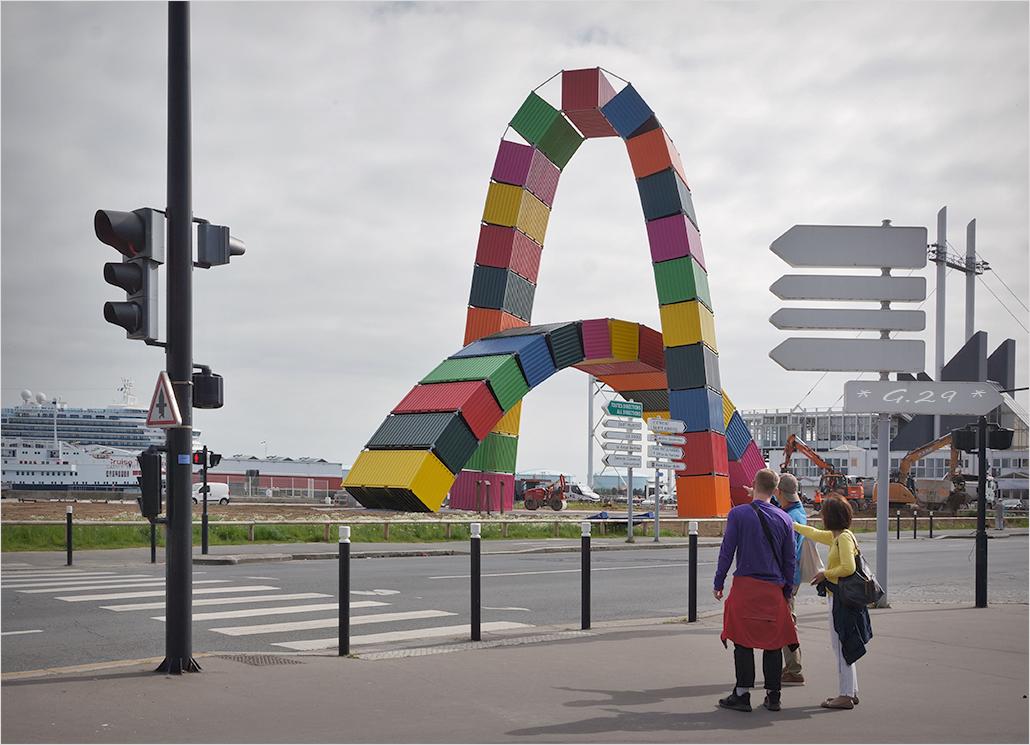 La catène de conteneurs du Havre...  1705260440456131115061549