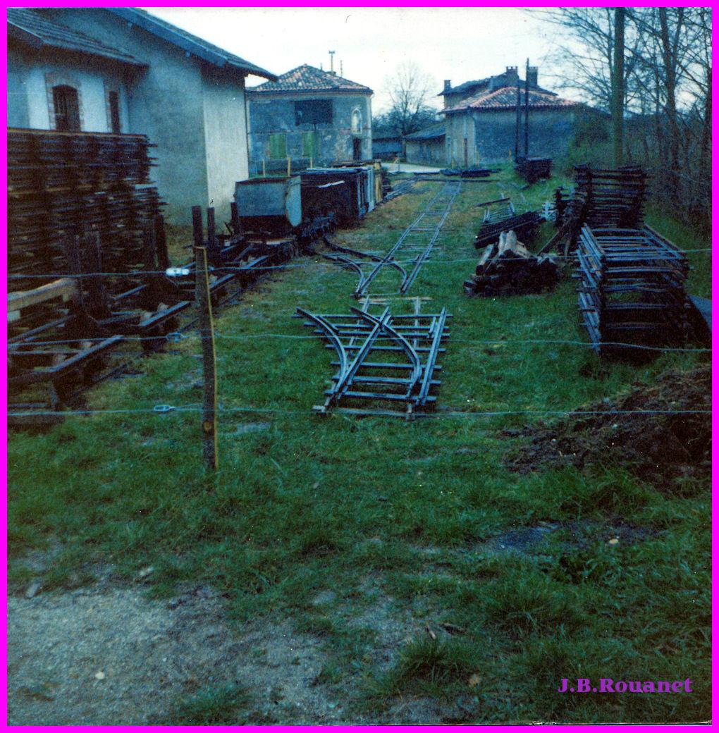 IMG_0006 gare et vagonnets