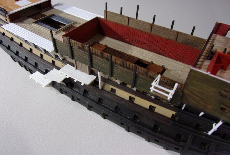 Un ponton prison anglais de la Révolution ou de l'Empire 1/200 sur base HELLER - Page 7 17070607461923099315135100