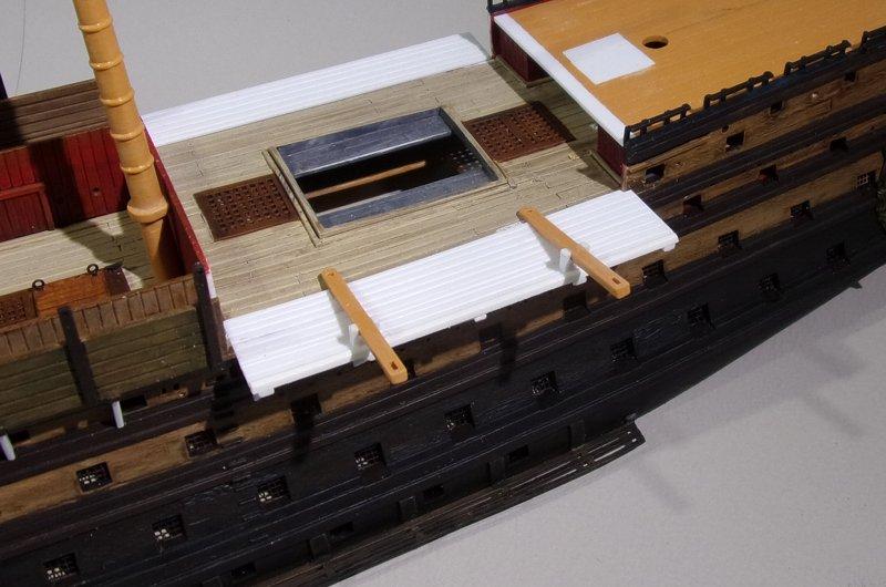 Un ponton prison anglais de la Révolution ou de l'Empire 1/200 sur base HELLER - Page 7 17070712220423099315135354