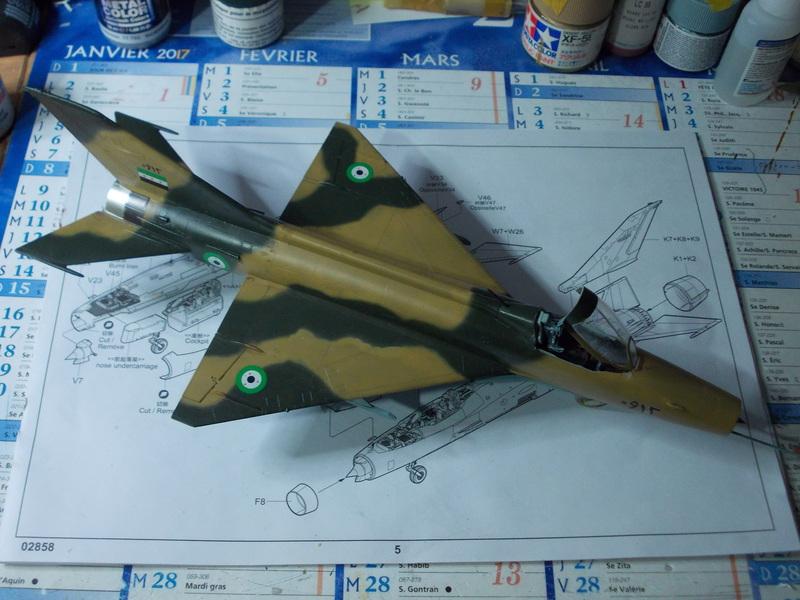 Aéro S-106 (MiG-21F13) Trumpeter 1/48... 17071809451310194415155162