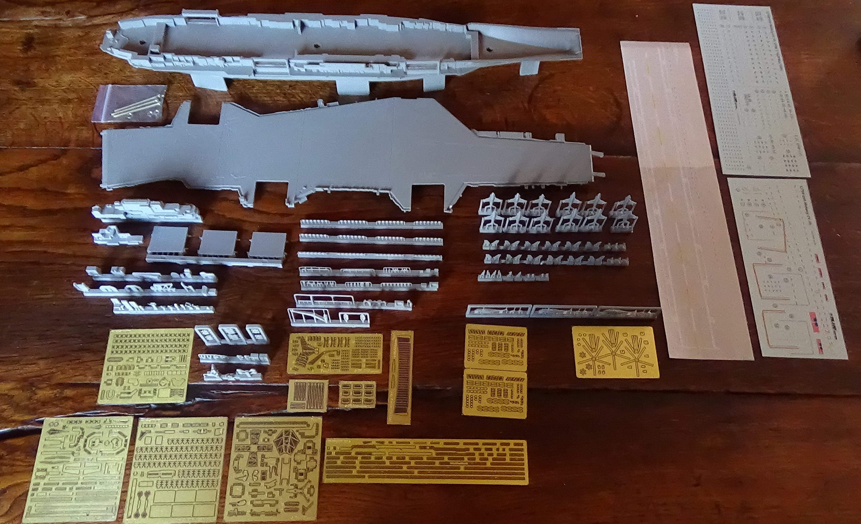 [USS Midway CVA-41] Porte avions lourd américain-700e-Orange Hobby 17071905020623134915155984