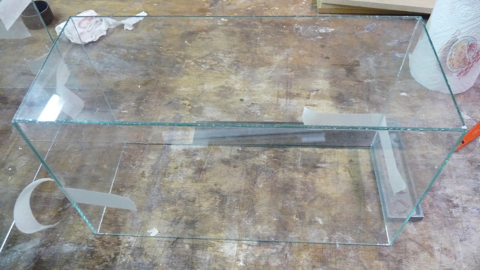 fabriquer une vitrine - Fabriquer ses propres vitrines en verre 17071907264223134915156548