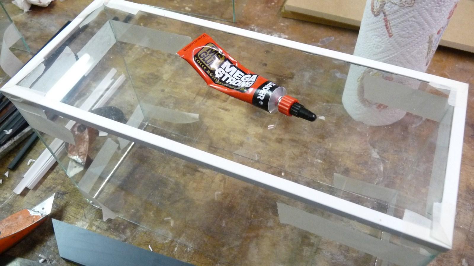 fabriquer une vitrine - Fabriquer ses propres vitrines en verre 17071907265623134915156554