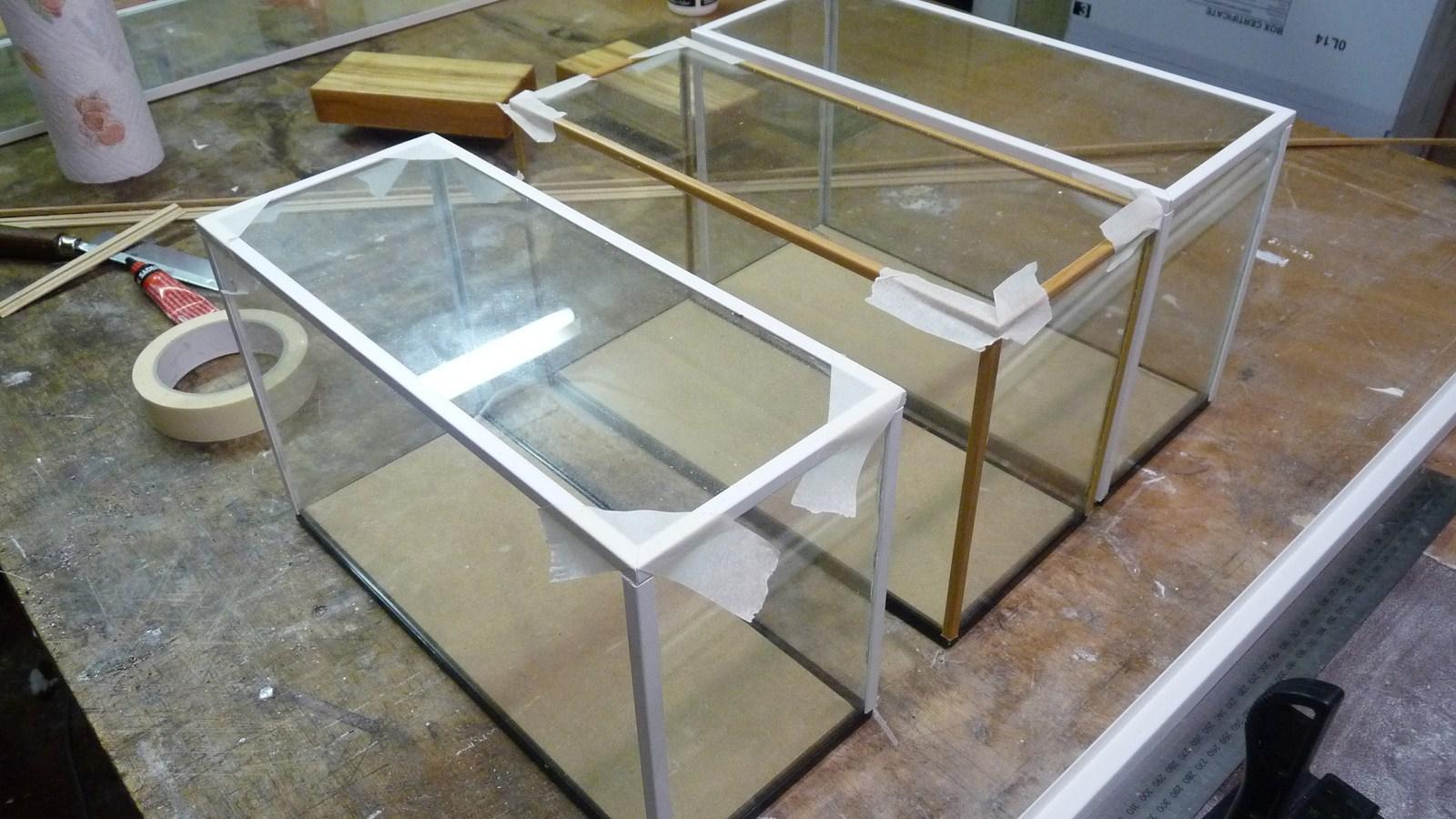 fabriquer une vitrine - Fabriquer ses propres vitrines en verre 17071907270723134915156557