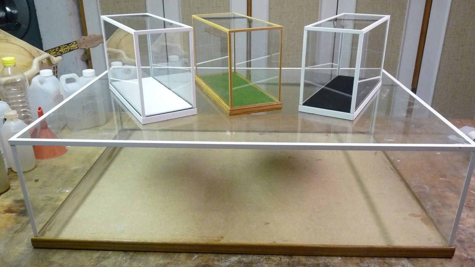 fabriquer une vitrine - Fabriquer ses propres vitrines en verre 17071907272023134915156561