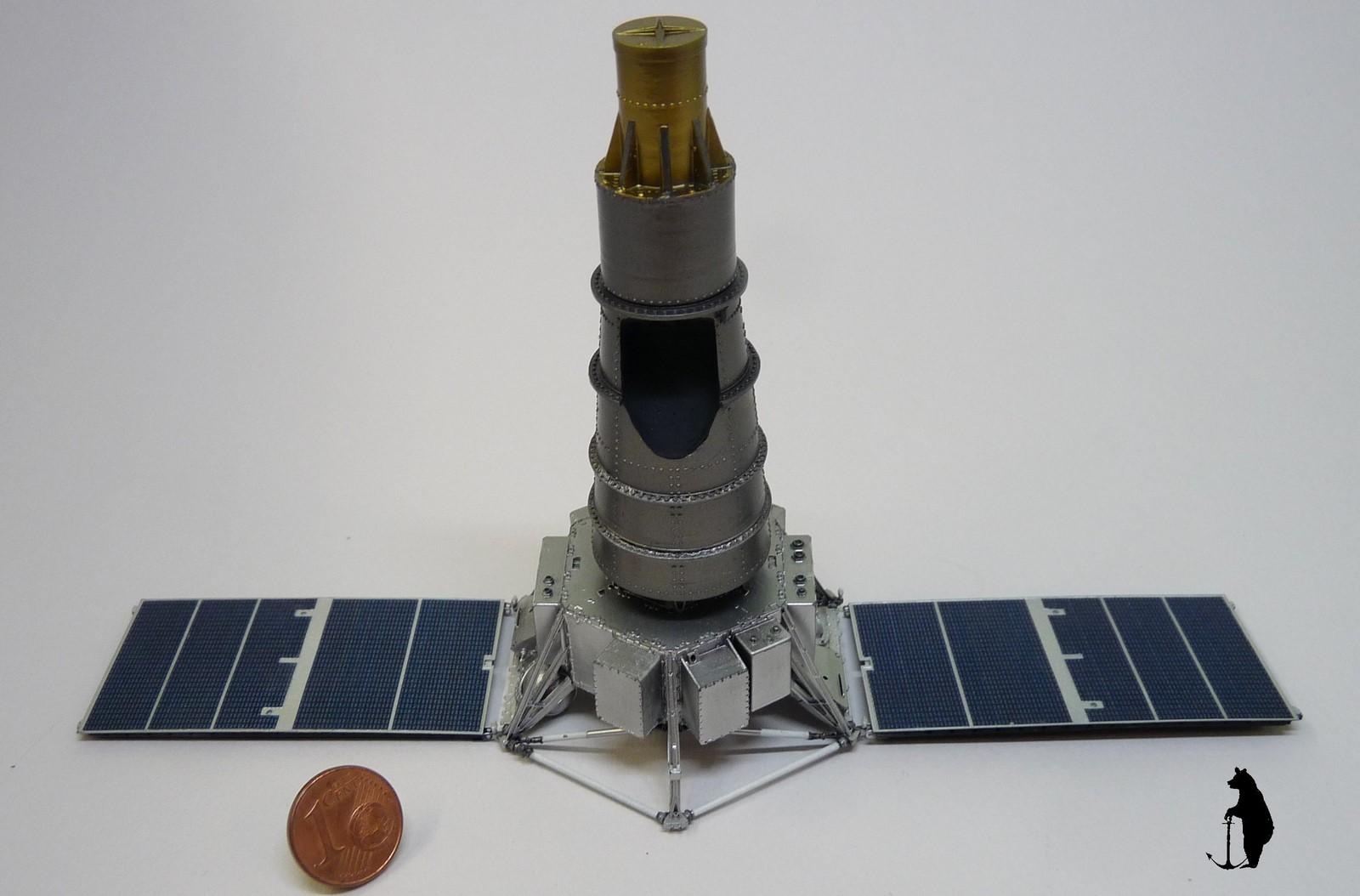 Crash-test planétaire : la sonde lunaire Ranger 8 au 1/24e 17072103235223134915160168