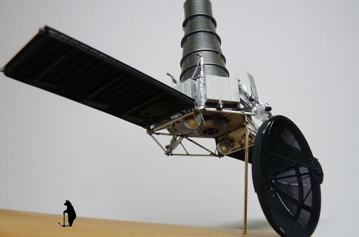 Crash-test planétaire : la sonde lunaire Ranger 8 au 1/24e 17072103244723134915160188