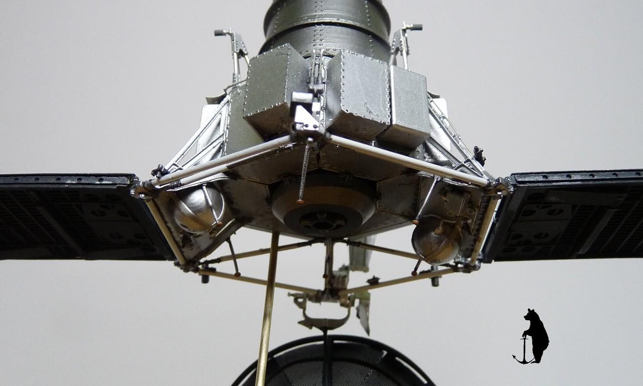 Crash-test planétaire : la sonde lunaire Ranger 8 au 1/24e 17072103244923134915160189