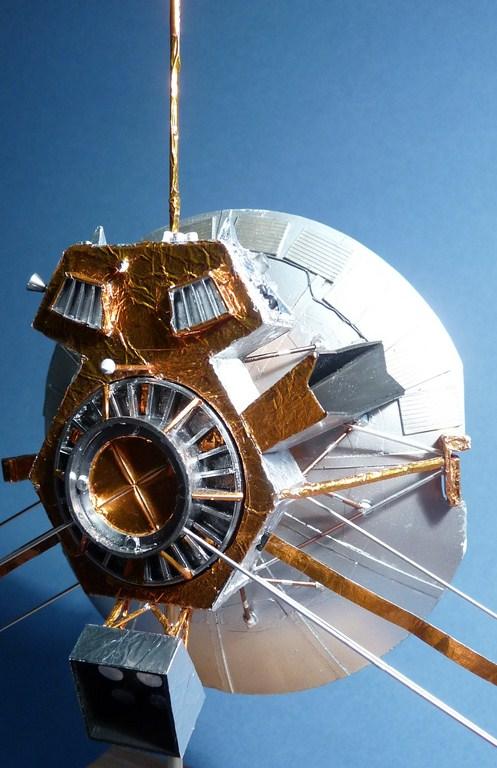 Envoyons-nous en l'air avec Pioneer 10 [1/24e RealSpace Models]  17072112464623134915159358