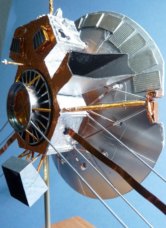 Envoyons-nous en l'air avec Pioneer 10 [1/24e RealSpace Models]  17072112464823134915159359