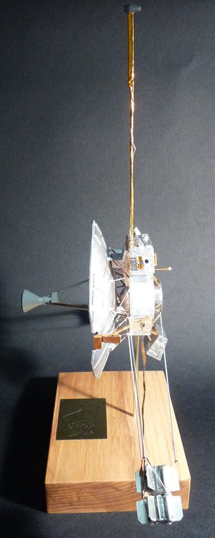 Envoyons-nous en l'air avec Pioneer 10 [1/24e RealSpace Models]  17072112465123134915159362