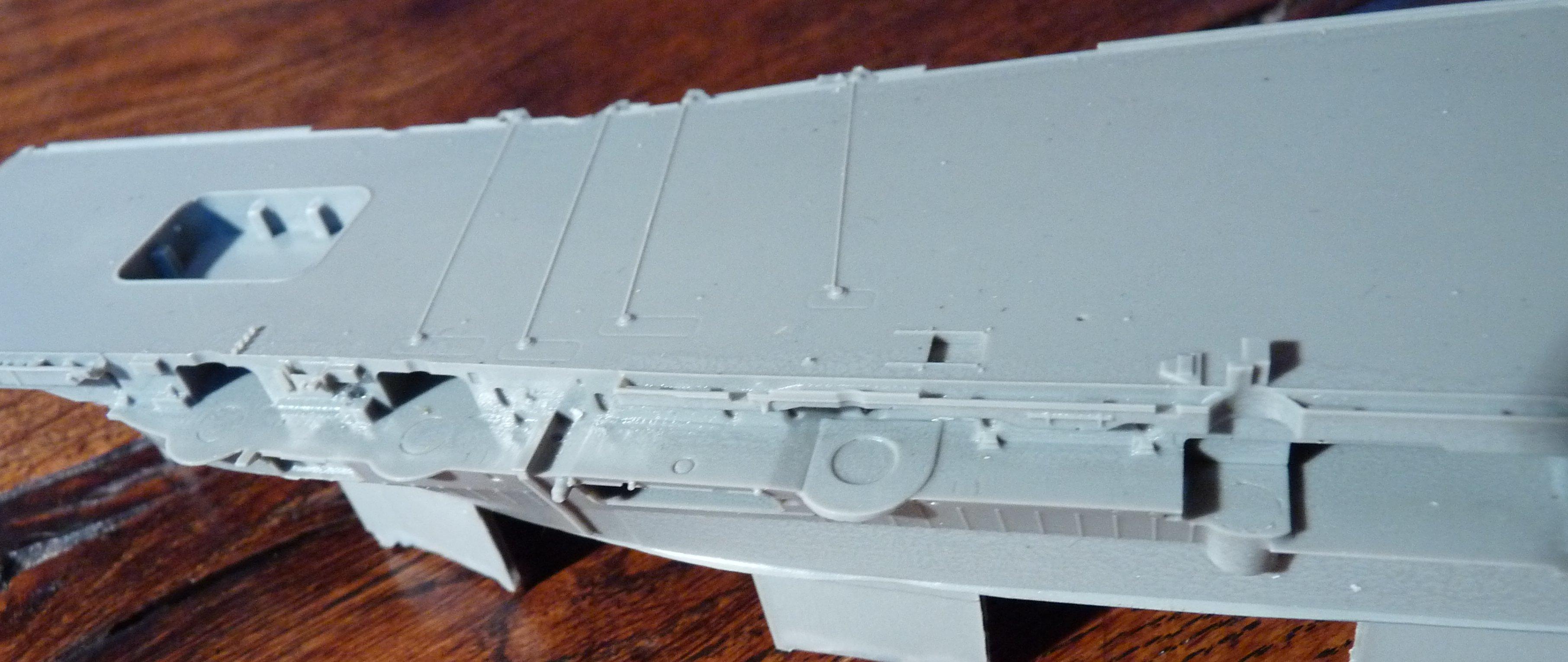 [HMS Victorious après refonte] 1/700e maquette Orange Hobby 17072112564523134915159386
