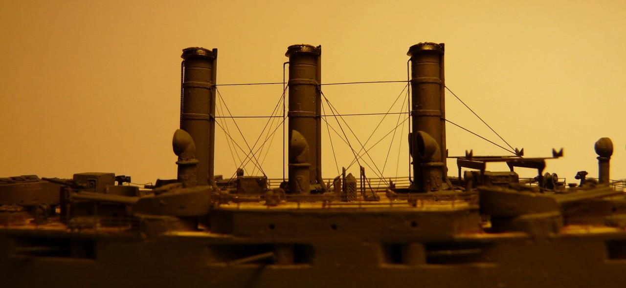 USS Vermont BB-20 (état de 1909) au 1/700e de Niko Models - Page 2 17072311564223134915164883