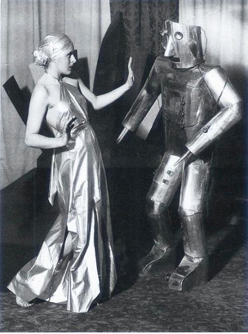 ROBOTIKMACHINE - Le robot danseur dans Robotikmachine 17072408420115263615165154