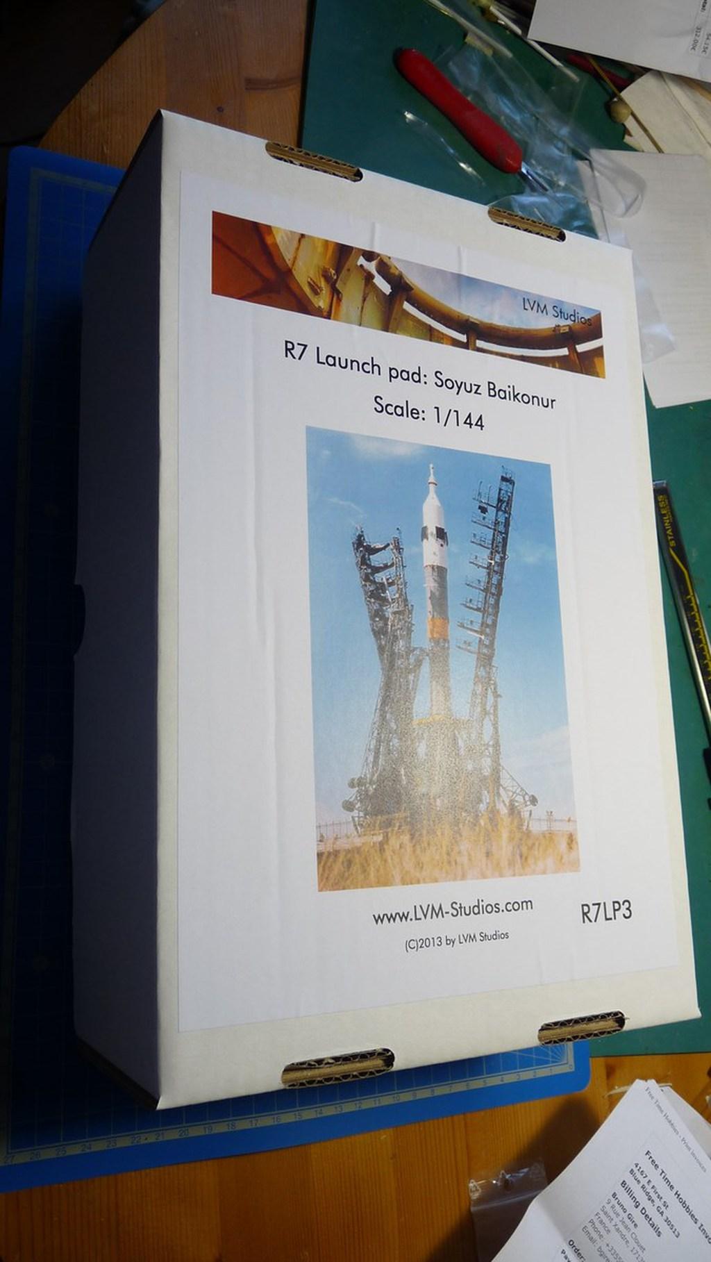 La fusée russe Soyouz TMA-21 sur son pas de tir au 144e  17072607212223134915172500