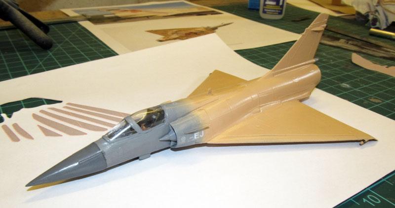 """Mirage 2000-5 """"Vieux Charles"""" au 1/72 17072706083318121215174615"""